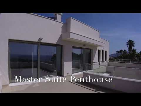 VILLA WITH MASTER SUITE PENTHOUSE
