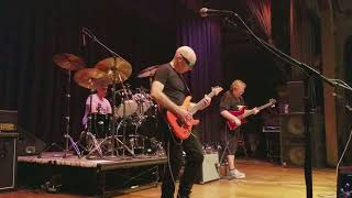 "Private Concert - G4 2017 Joe Satriani, Stu Hamm, Jonathan Mover play ""Circles"""