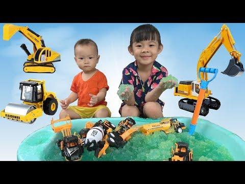 Trò Chơi Săn Ô Tô Và Tắm Thạch Gelli Baff ❤ AnAn ToysReview TV ❤