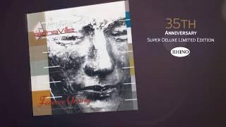 """K 35. narozeninám své debutové desky """"forever young"""" alphaville vydávají její """"super deluxe"""" edici! zahrnuje tři cd, jedno dvd s video dokumentem, vinyl a 2-..."""