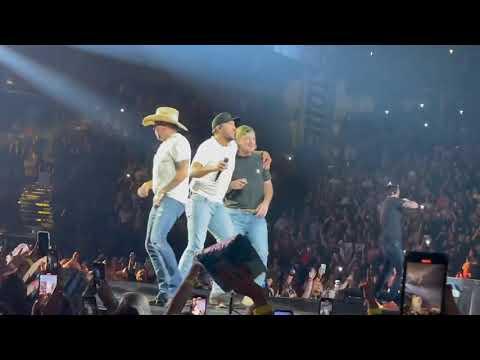 "Garth Brooks Talks Morgan Wallen Ahead Of Nashville Stadium Show: ""All Of Us Make Mistakes"""