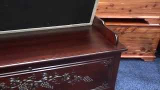 Amish Seat Rail Cherry Wood Colonial Hope Chest (id: 12514)