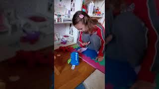Интерактивные игрушки, крутые игрушки. Попугаи, обезьяны.