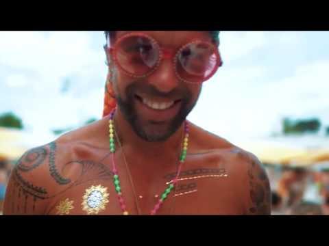 Смотреть клип Sean Finn - San Salvador