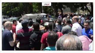 لحظة تشييع جثمان شهاب حسني من مسجد السلام لمثواه الأخير ( فيديو)
