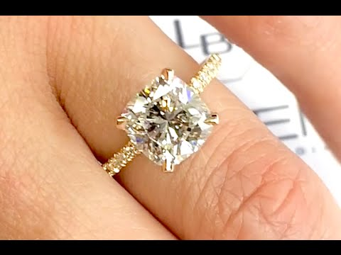 2.75 ct Cushion Cut Diamond Engagement Ring in Rose Gold