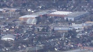 SWAT Team on scene of active shooter in Aurora, Illinois