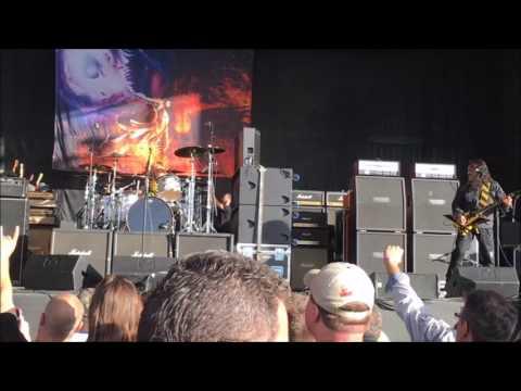 Stryper 9-9-2016 King Of Kings (with lyrics on screen)