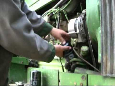 Oil Change On 1981 John Deere 2950 Youtube