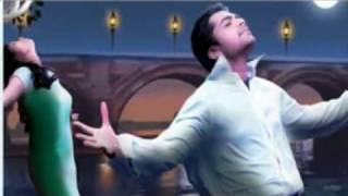 Vinnaithaandi Varuvaaya Mannipaaya Full Real Song