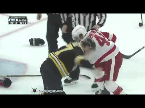 Luke Glendening vs John Moore Sep 26, 2018