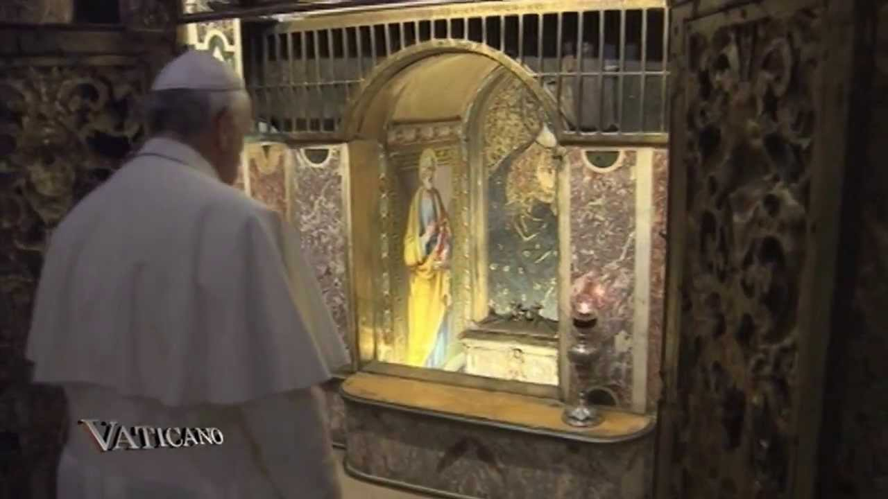 """Francisco en el día de Todos los Santos: """"Preguntémonos ..."""