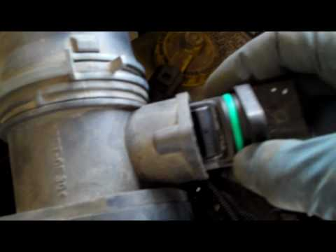 How to fix the MAF Mass Air Flow Sensor on a Volkswagon Jetta
