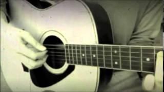 由紀さおりさんの「夜明けのスキャット」を2番だけギターで弾き語りカバ...