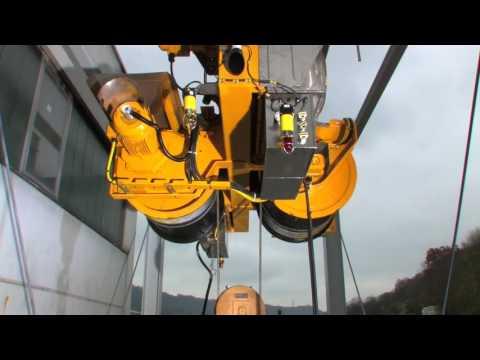 STAHL CraneSystems – LNG-Hebezeug an Test-Rig – DE