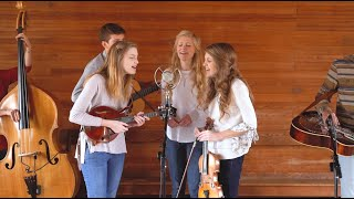 Sweet Beulah Land - The Petersens (Live)