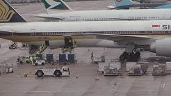 Singapore Airlines 777-300er SQ327 9V-SWQ Gate Timelapse