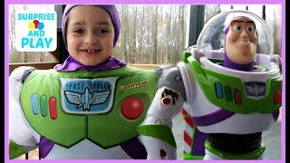 Ultimate Walking Buzz Lightyear And Inflatable Buzz Lightyear Costume