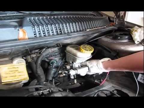 02 Dodge Neon Master Brake Cylinder Replacement Part2