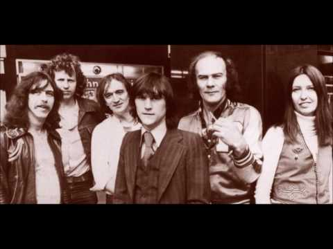 Steeleye Span - Treadmill Song