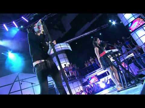[HD] The Veronicas - Untouched (Live 2008)