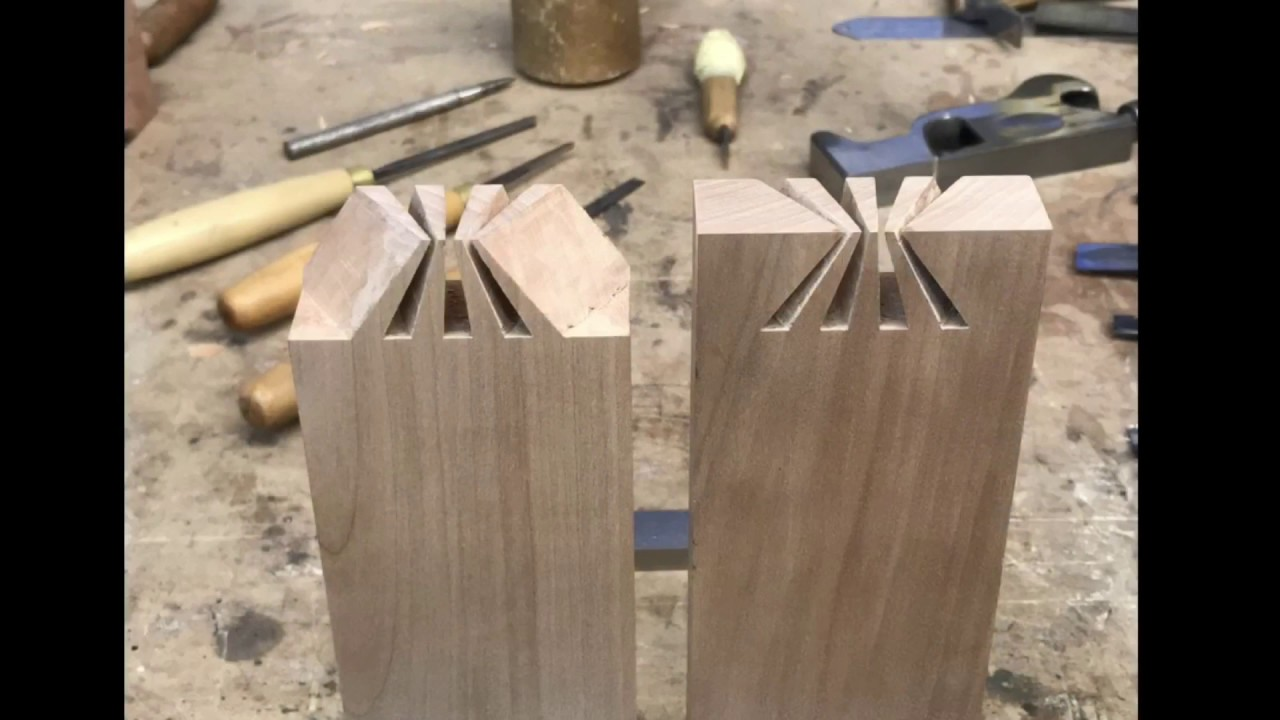 Amazing Japanese Dovetail Joint Japanese Joinery Youtube
