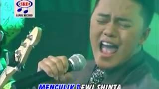 Danang - Pelaminan Kelabu [Official Music Video]
