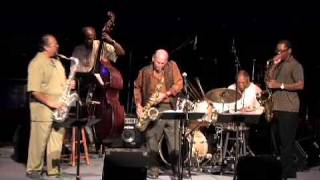 Cosmos – Saxophone Summit