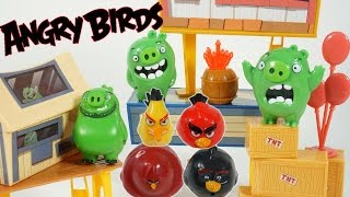 THE ANGRY BIRDS MOVIE RED KNOCKS DOWN PIGS CITY TOYS VIDEO GAME