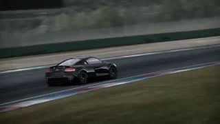 Audi R8 vs Motorcycle Moto2