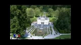 Линдерхоф / Linderhof (Travel Video)(Линдерхоф -- «маленький Версаль в Альпах» Линдерхоф расположен в долине Грасвангталь на территории заповед..., 2013-10-30T14:24:07.000Z)