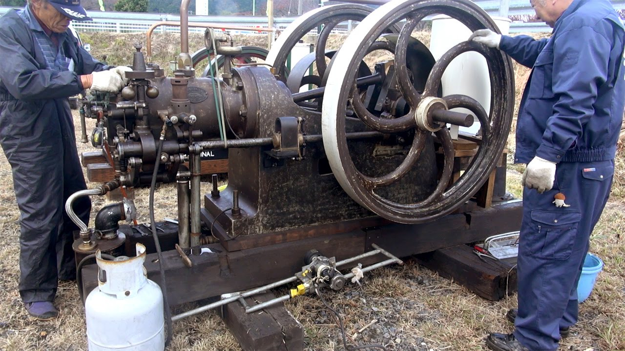 Old Engines in Japan 1890s? National Gas Engine 13hp いにしえの�k��Cたち 1890年代? National Gas Engine