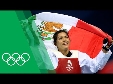 María Del Rosario Espinoza's Unique Celebration for Beijing 2008 Taekwondo Gold   Olympic Rewind