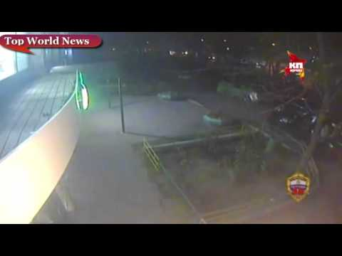 ОГРАБЛЕНИЕ СБЕРБАНКА В МОСКВЕ ПОПАЛО НА ВИДЕО/ ROBBERY SAVINGS IN MOSCOW got on VIDEO