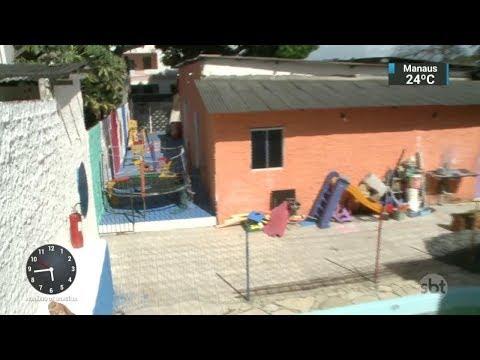 Criança de dois anos morre afogada em piscina de creche na Bahia | SBT Notícias (17/02/18)