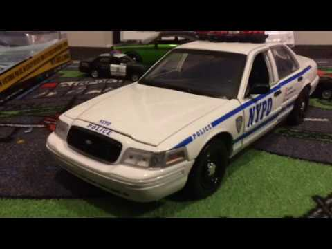 1/18 Greenlight Nypd Ford Crown Victoria Review