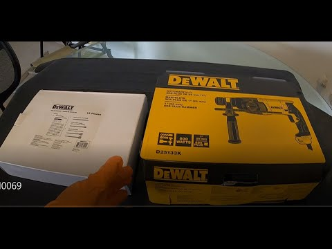 Unboxing Rotomartillo Dewalt D25133K 800 watts Cincelador SDS y Set Brocas y Cinceles DWA0870