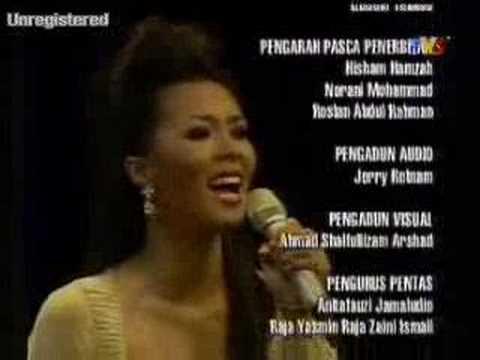 Siti and Other Singers Perfomed Cinta di Akhir Garisan