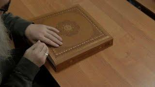 شاهد: مسلمون مكفوفون يتعلمون القرآن بطريقة برايل في روسيا…
