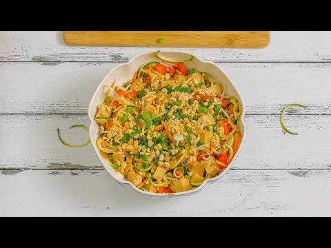 Pad Thai Zoodle Salad | No Cook Summer Recipes | Meatless Monday