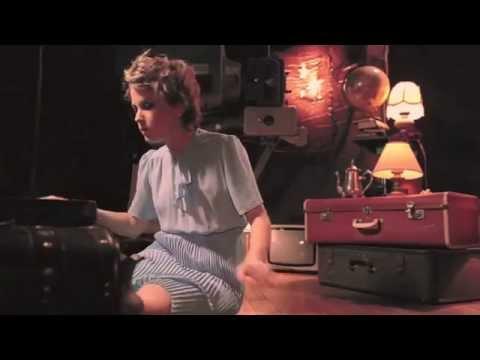 Emma louise - jungle -  official Music video - cancion anuncio black opium