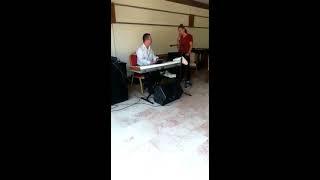 Aşk yalanmış piyanist selami