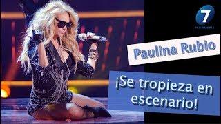¡Paulina Rubio Se tropieza en escenario! / Multimedia 7