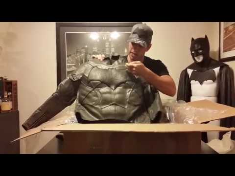Unboxing: UD Replicas Batman V Superman Dawn of Justice Batman Suit Unboxing
