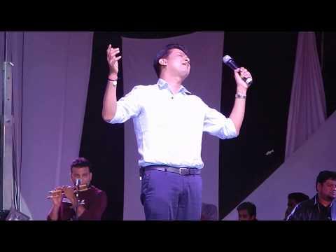 BOMBE HELUTHAITHE SONG FROM RAAJAKUMARA |VIJAY PRAKASH LIVE | JAYCIANA 2017 |