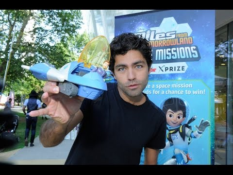 "Adrien Grenier, Bill Nye at #DisneyJunior ""Miles from Tomorrowland: Space Missions"" launch #STEAM"