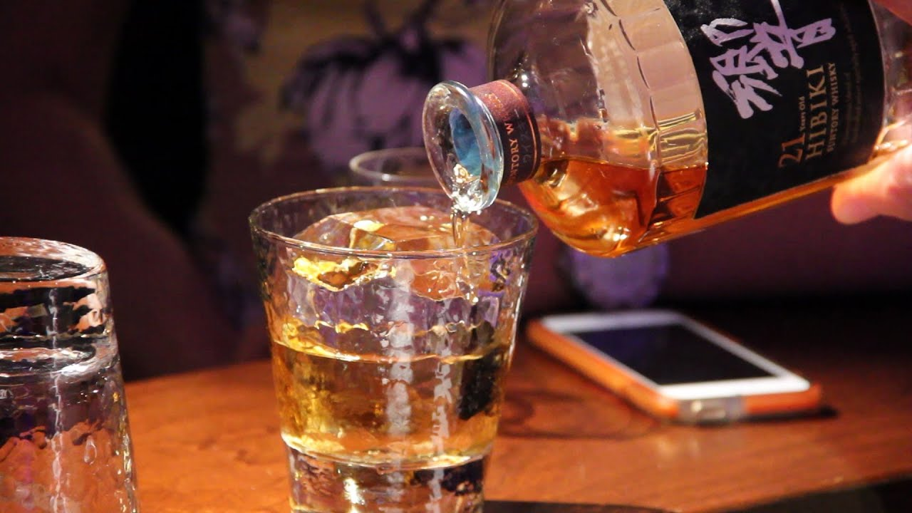 WhiskyCast HD: Whisky On the Rock - YouTube