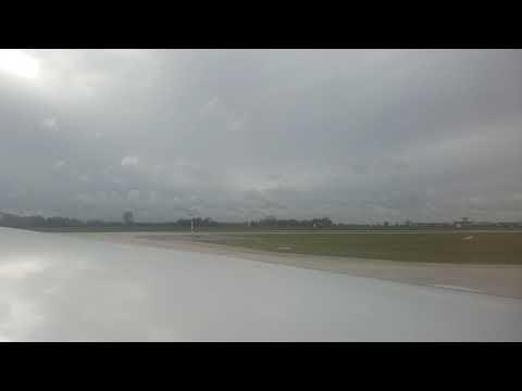 United Airlines 953 Munich to Chicago takeoff 10-22-17 Boeing 777