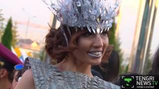 Казахстанские звезды на красной дорожке музыкальной премии в Алматы