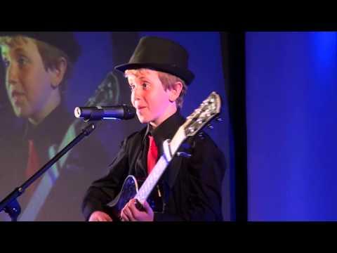 MEDLEY - Bruno Mars cover version performed at TeenStar
